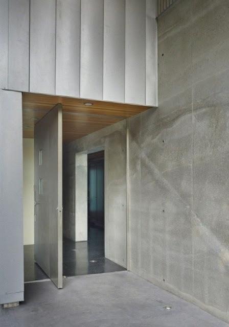 desain pintu depan rumah minimalis modern diputar