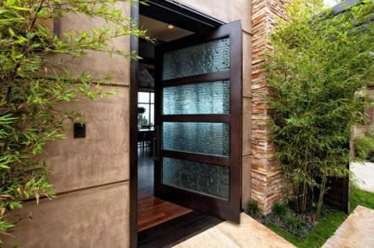 desain pintu rumah minimalis dari kaca