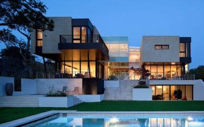 foto rumah minimalis mewah 2 lantai dilengkapi kolam renang