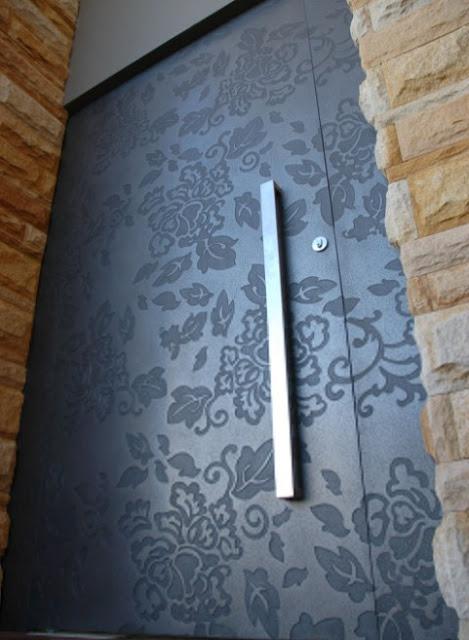 model pintu rumah minimalis artistik
